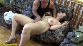 imagen busty german Milf enjoys a big dick in her ass