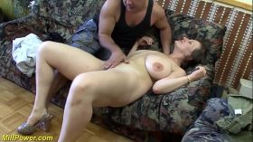 imagen busty german Milf enjoys a big dick in her ass
