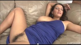 imagen Busty Milf Handjob And Pussy Rubbing