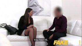 imagen Fake Agent Smartly dressed brunette sucks and f…