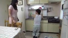imagen Nice Japanese girl fucks the plumber