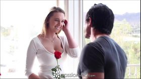 imagen Passion-HD Teen's tits bounce as she gets fucke…
