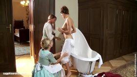 imagen Seduced Maids sensual lesbian scene by SapphiX