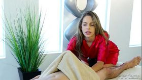 imagen Shy guy on his first massage with Kimmy Granger…
