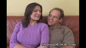 imagen Sissy Hubby Has Hot Wife