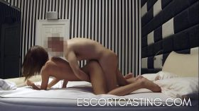 imagen Tall Teen Escorting To Pay For College