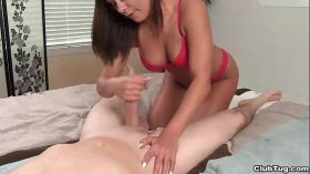 imagen clubtug-Super hot brunette blowjob