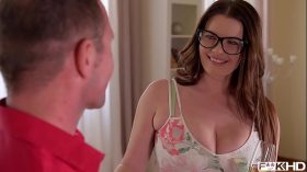 imagen Ultra Hot & Busty Secretary in Glasses Rides a …