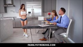 imagen Hot Big Tits Teen Stepdaughter Fucked By Dad