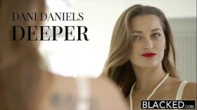 imagen BLACKED Dani Daniels vs Two Huge BBC!