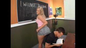 imagen Horny schoolgirl