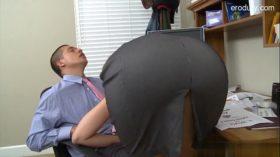 imagen Wet student striptease