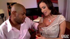 imagen Early days Interracial for Busty Sex Goddess Sensual Jane