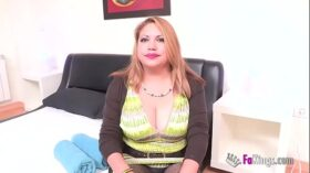 imagen Busted! Filming a married woman with great peruvian titties