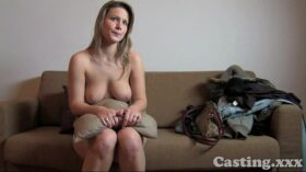 imagen Casting HD Fit blonde goes all the way in casting
