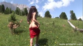 imagen Eroberlin Julia young skinny russian teen italia outdoor sexy girl