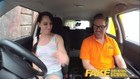 imagen Fake Driving School Cheating learners tight pussy filled with cum