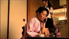 imagen Japans tienermeisje krijgt orgasme door haar vader (Zie meer: bit.ly/2AZeSIP)