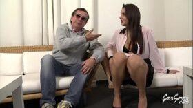 imagen Valentina Nappi, une jeune salope qui ne pense qu'au sexe